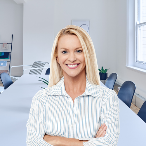 Hair, Blond, White-collar worker, Employment, Neck, Job, Businessperson, Smile, Electronic device