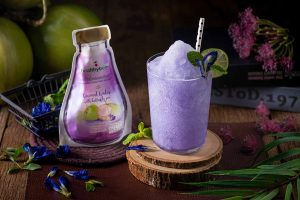 Thakolsri Farm - Coconut water with butterfly pea