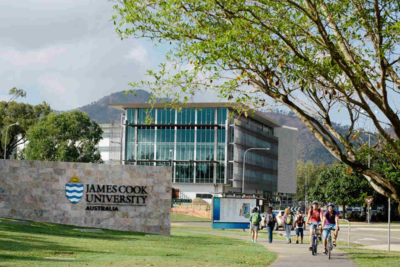 Architecture, Daytime, Building, Campus, Tree, Metropolitan area, City, Facade, University, Tourist attraction, Sport venue, Stadium, Leisure, Plant, Headquarters, James Cook University, James Cook University, University, Campus, Student, Postgraduate education, Higher Education, JCU | Open Day, Townsville