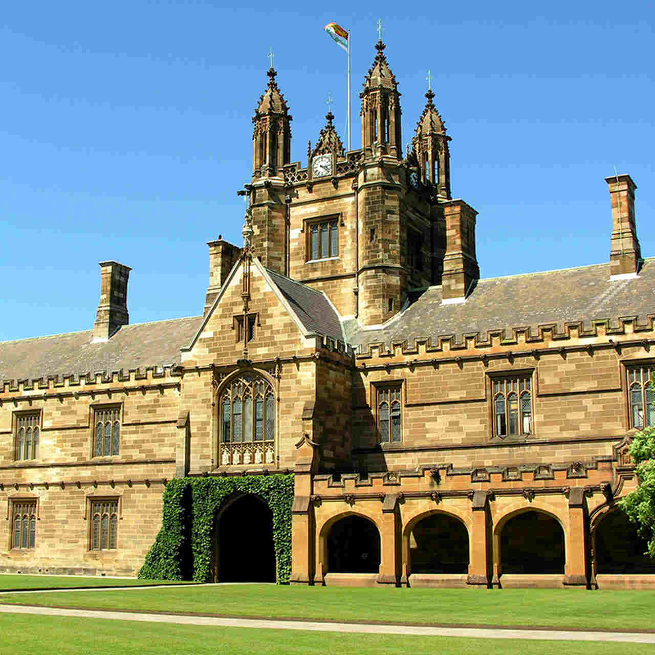 Landmark, Building, Architecture, Estate, Medieval architecture, Stately home, Mansion, College, Sky, Château, Palace, Historic house, Manor house, Listed building, Grass, Classical architecture, Almshouse, Facade, University, House, University of Sydney, The University of Sydney, International House, The University of Sydney, University, The University of Sydney Business School, The University of Sydney