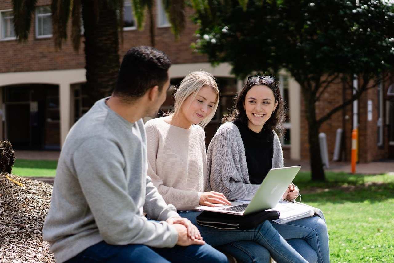 Sitting, Student, Technology, Tree, Leisure, Electronic device, Netbook, Laptop, Adaptation, Campus, Event, Photography, Australian Catholic University,