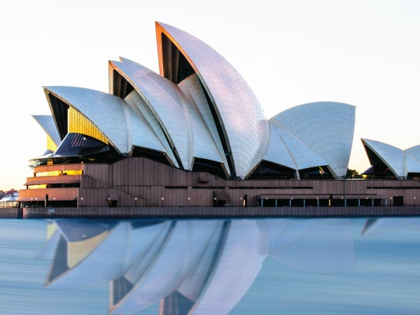 Opera house, Architecture, Opera, Sky, Performing arts, House, Sydney Opera House, Sydney Opera House, Sydney Harbour Bridge, Port Jackson Bay, Opera house