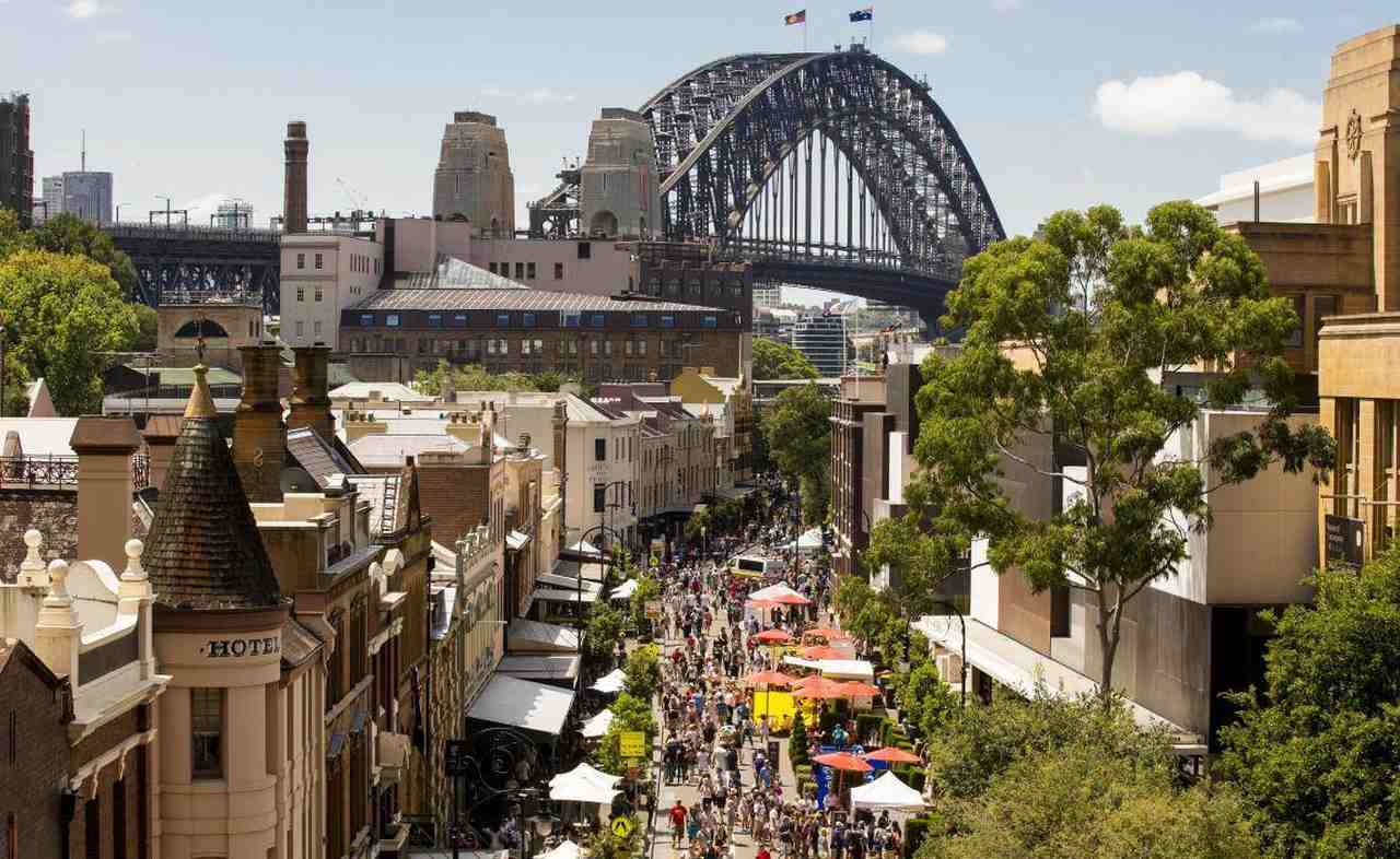 Urban area, Metropolitan area, City, Town, Human settlement, Building, Metropolis, Architecture, Cityscape, Roof, Neighbourhood, Residential area, Downtown, Skyline, Mixed-use, Tourist attraction, Dome, Urban design, Sydney Harbour Bridge, The Rocks, Port Jackson Bay, Sydney Opera House, Darling Harbour