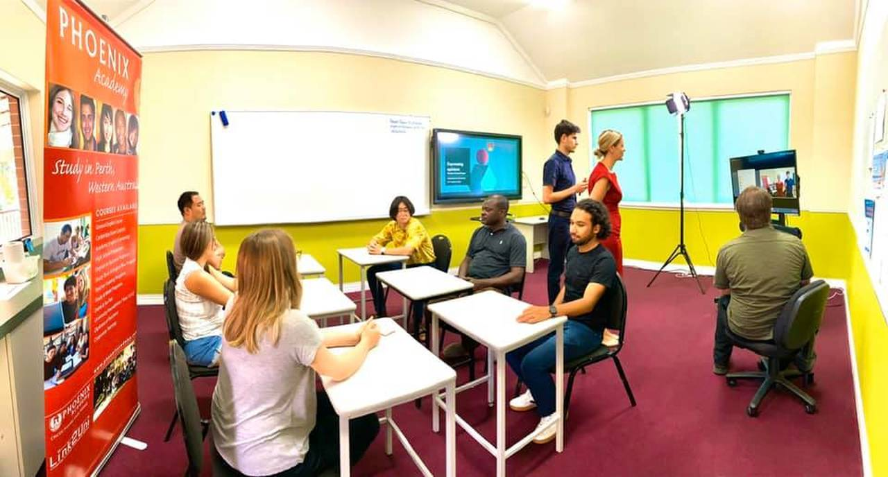 Room, Event, Community, Class, Classroom, Youth, Learning, Education, Training, Building, Student