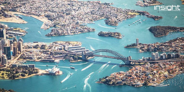 Water resources, Aerial photography, Inlet, Coastal and oceanic landforms, Waterway, Water, Island, Lagoon, Infrastructure, Coast, Bay, Peninsula, Marina, Tourism, Sea, Cove, Channel, River island, Artificial island, Harbor, Travel, Sydney Opera House