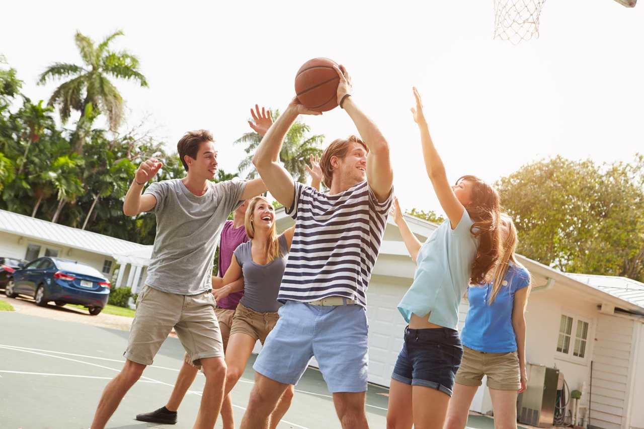 People, Fun, Youth, Vacation, Leisure, Community, Summer, Basketball, Photography, Gesture, Sunlight, Play, Cheering