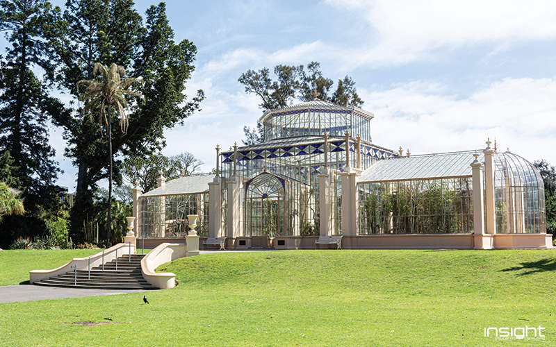 Architecture, Landmark, Building, Botany, Estate, Grass, Botanical garden, Arch, Tree, Mansion, Official residence, Lawn, Park, Classical architecture, Garden, Adelaide Botanic Garden, Illustration, Stock photography, Royalty-free, Photograph, Image, Vector graphics