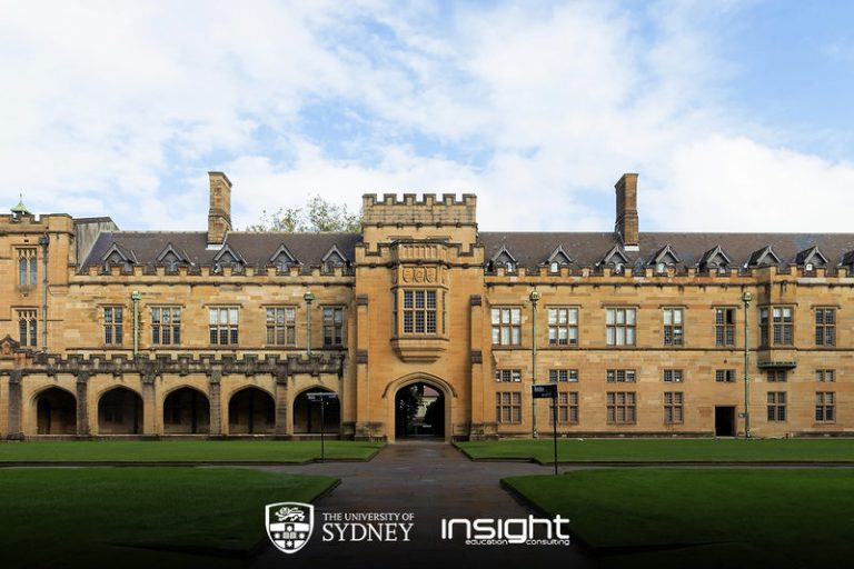 Window, Building, Facade, Palace, Mansion, Manor house, Stately home, Arch, Lawn, Estate, University, Campus, Official residence, Arcade, Door, Medieval architecture, Classical architecture, Courtyard, Academic institution, Almshouse, University of Sydney, University of Sydney, The University of Sydney, UNSW Sydney, The University of Sydney Business School, The University of Queensland, The University of Iowa, University, The University of Sydney, Postgraduate education, Group of Eight