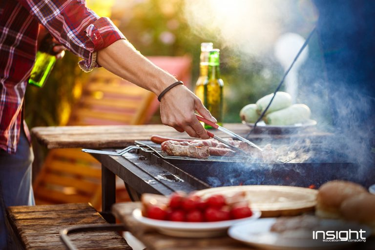 Cook, Food, Plaid, Tartan, Cooking, Tableware, Dish, Cuisine, Recipe, Produce, Fruit, Ingredient, Meal, Plate, Bowl, Service, Berry, Chef, Dishware, Smoke, Barbecue, Roasting